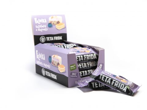 Cream cake with blueberry box 16+4 free special offer